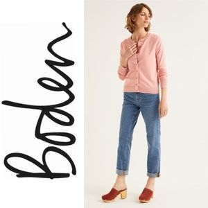 Boden Amelia Crew Cardigan in Chalky Pink